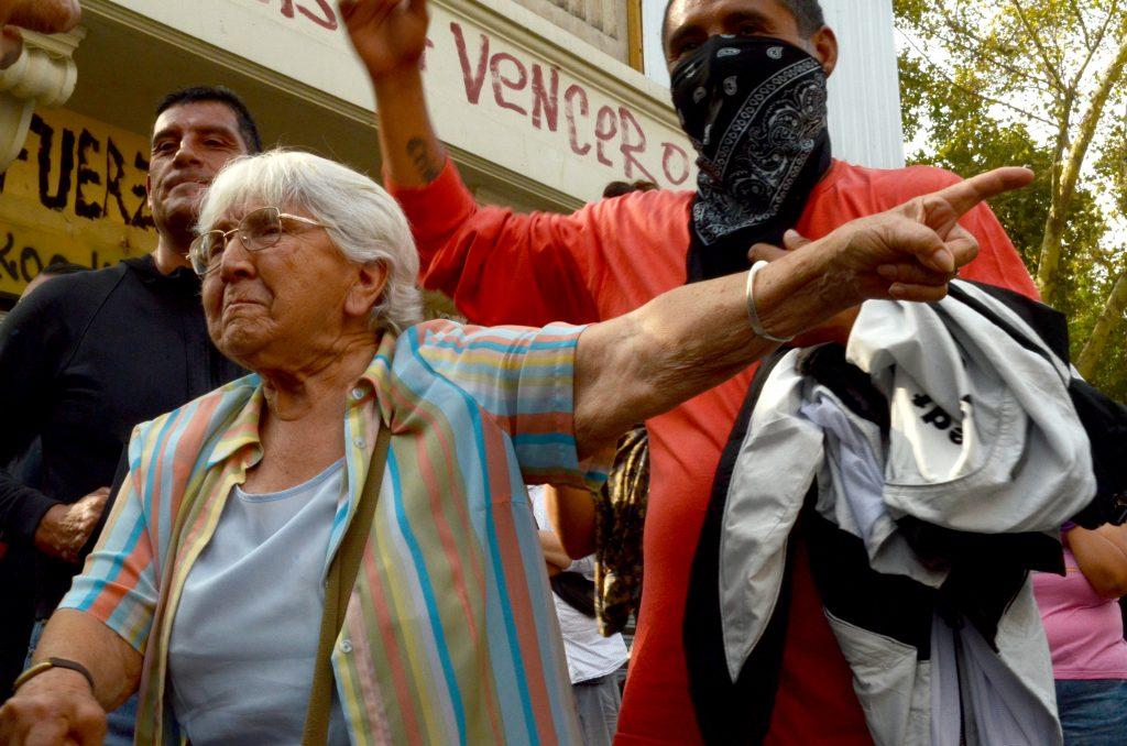 Cuadro de texto: Spoira Lara Castro, manifestante en la Plaza Dignidad, enero 2020.
