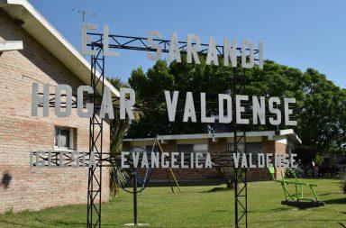 Entrada al Hogar Sarandí. Foto: Mariela González - Imagen de archivo